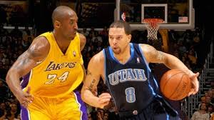 Kobe in duel mt Derron Williams